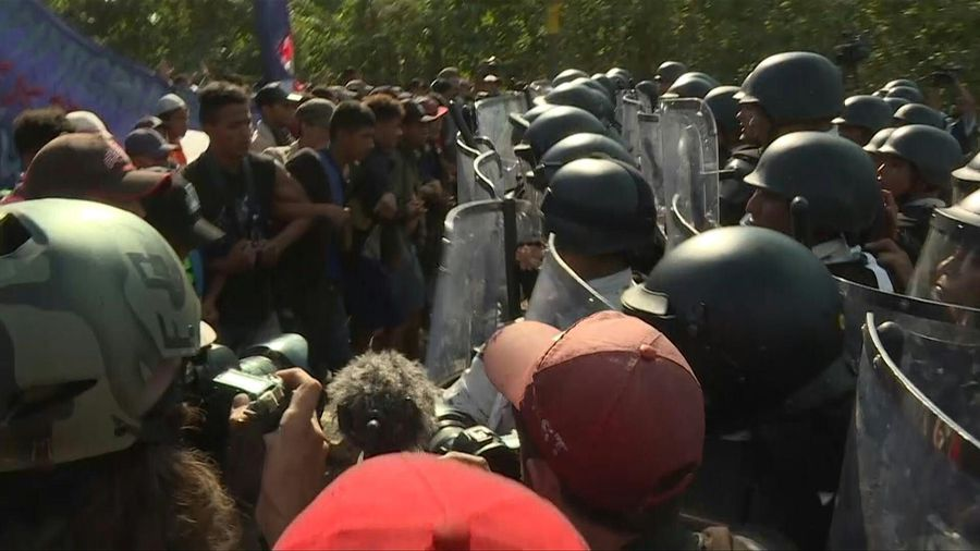 Mexican authorities detain 800 Central American migrants