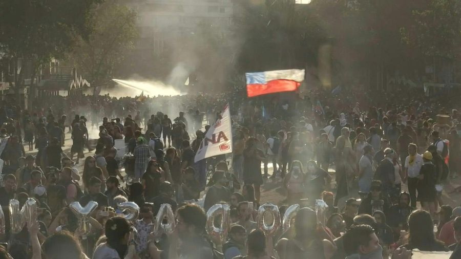 Police fire tear gas, water cannons at protesters in Santiago