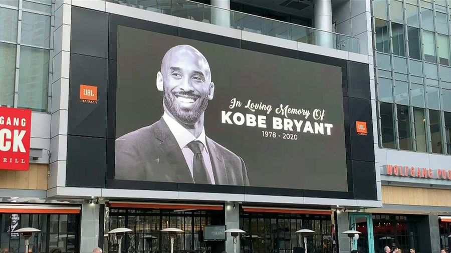 Fans pay tribute to Kobe Bryant outside Staples Center