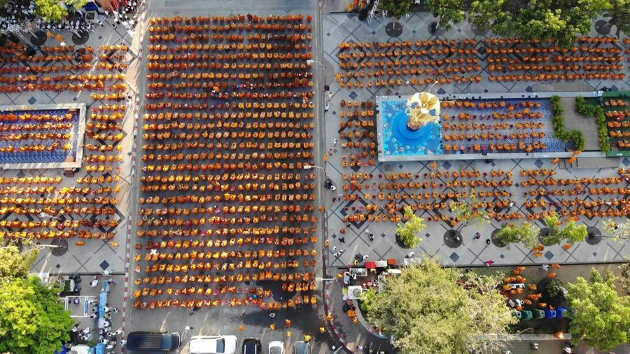 Thailand: 10,000 monks pray for victims of mass shooting