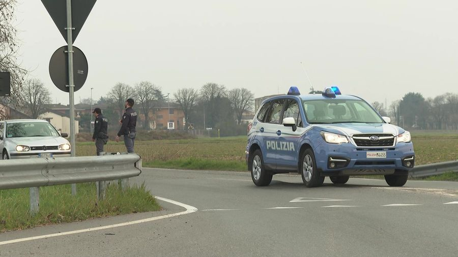 Police checkpoint introduced outside Italian town due to virus fears