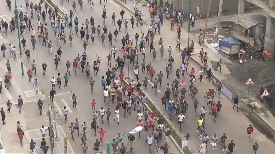 Protesters march in Addis Ababa after Ethiopian singer shot dead