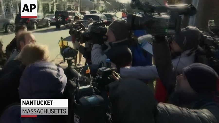 Spacey arrives at court for sex assault hearing