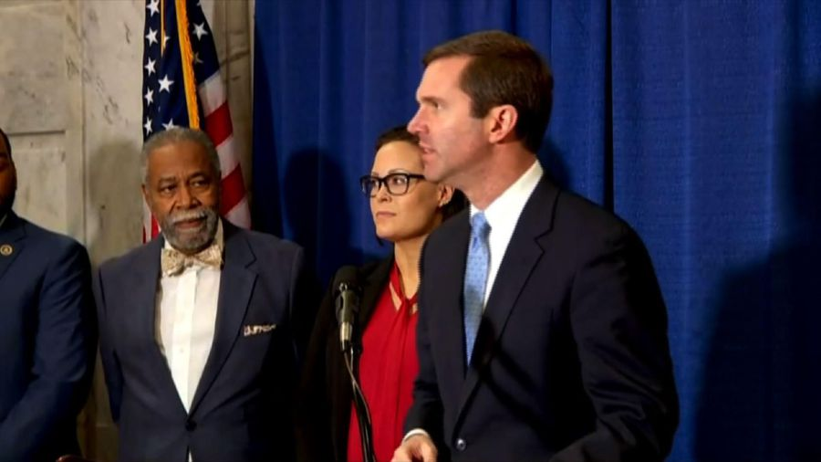 Kentucky nonviolent felons get voting rights back