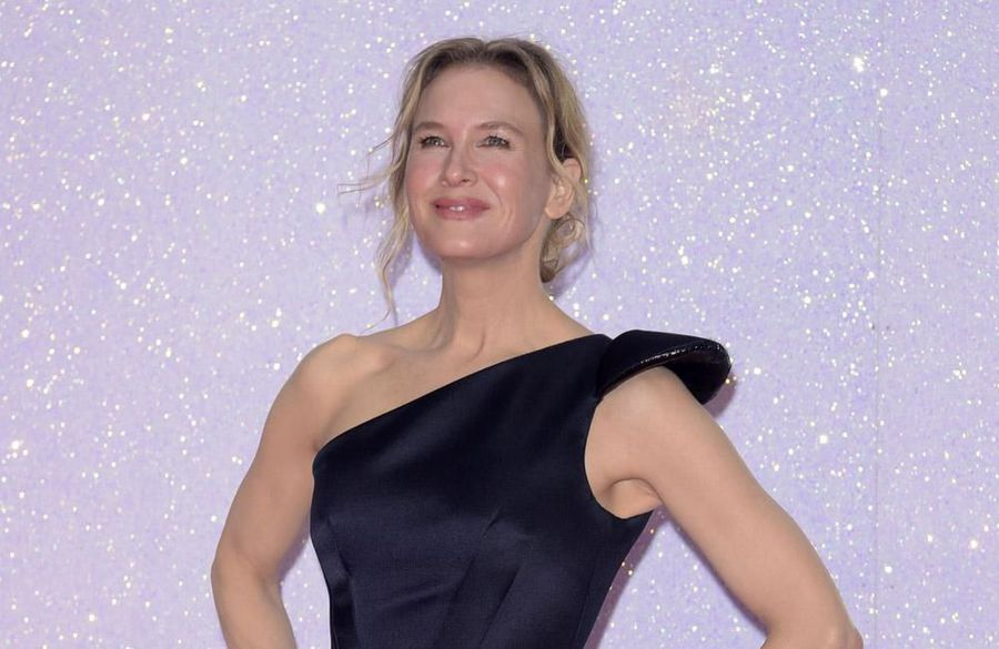 Renee Zellweger relaxes with running