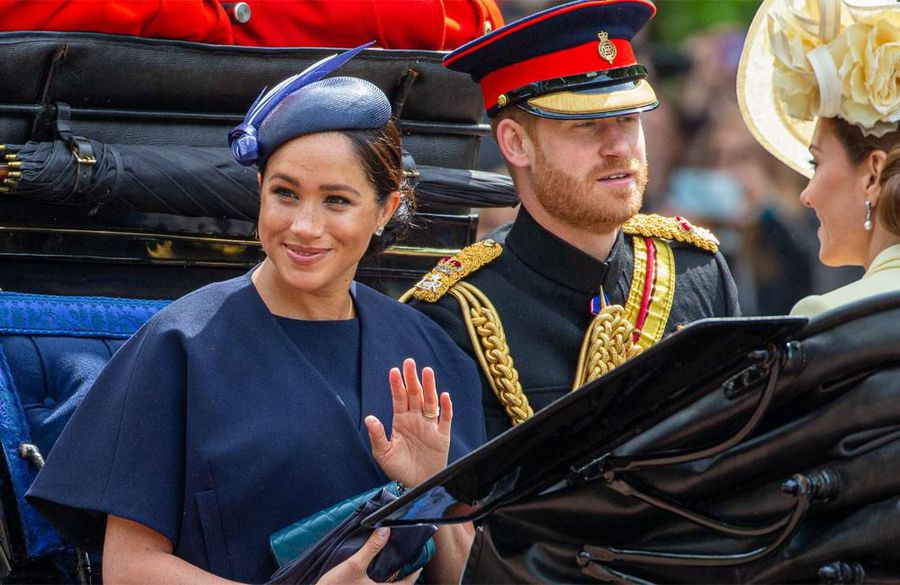 Prince Harry and Duchess Meghan meet academics at Stanford University