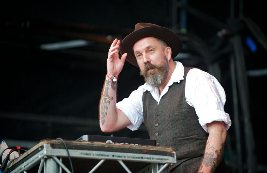 Screamadelica producer and DJ Andrew Weatherall dies aged 56
