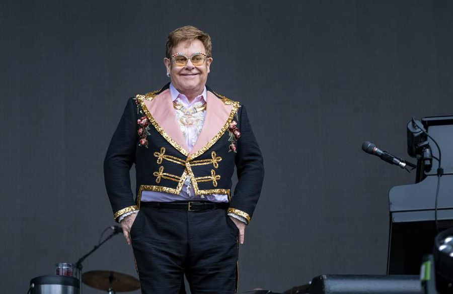 Sir Elton John halts gig half way through after losing voice