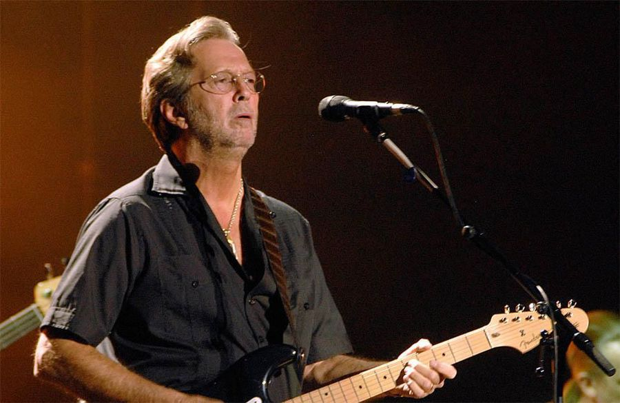 Eric Clapton and friends pay tribute to Ginger baker at Hammersmith Apollo