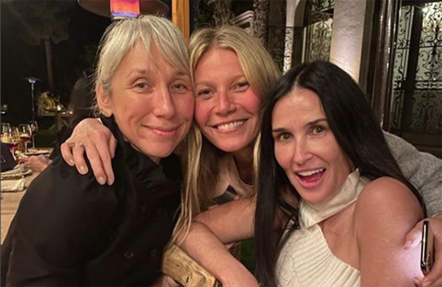 Gwyneth Paltrow hosts make-up free Goop party