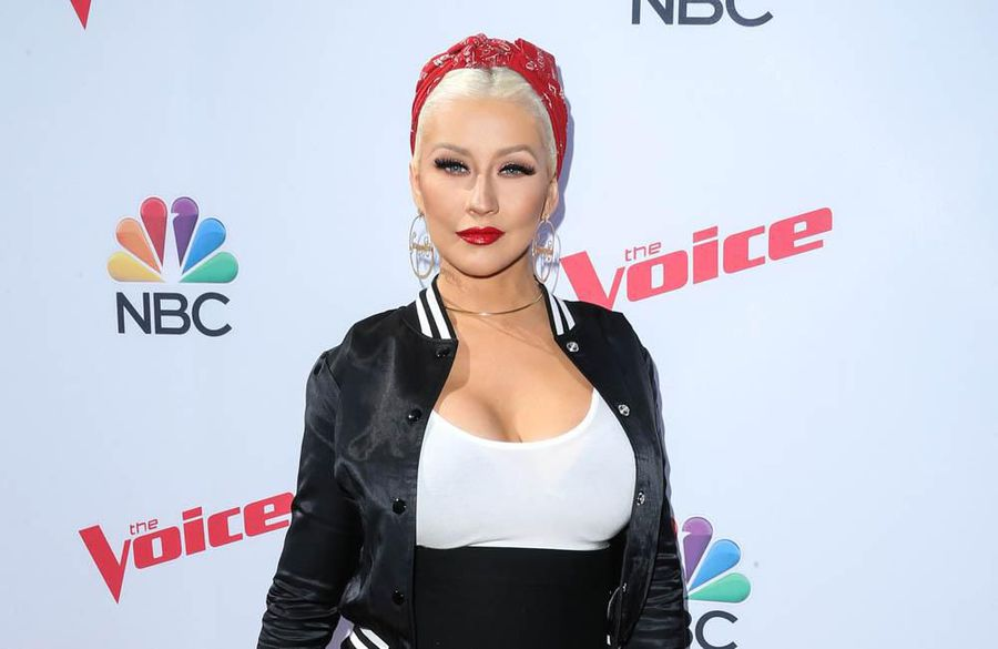 'Be real': Christina Aguilera wants fans to share their diary entries