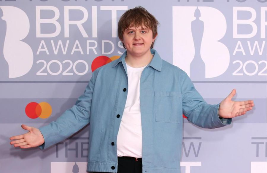 Lewis Capaldi: My hair is brown - not ginger
