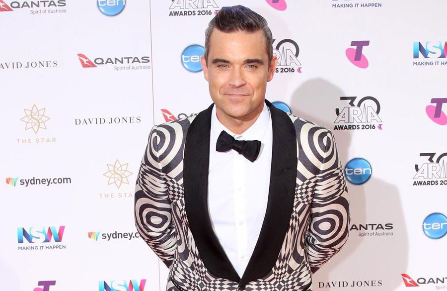 Robbie Williams and daughter scared by presence in home