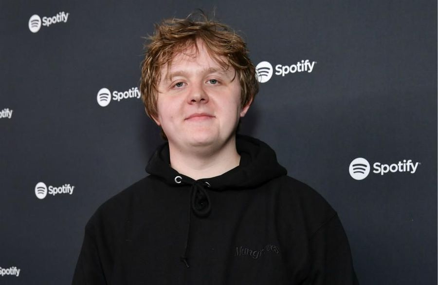 Lewis Capaldi rakes in whopping GBP1.6M from touring