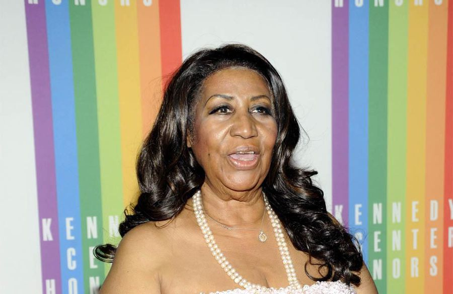 Aretha Franklin gown sells for $10k