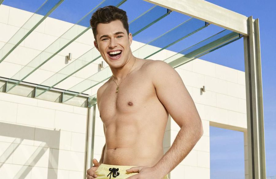 Love Island's Curtis Pritchard to ask Amy Hart to be 'half-girlfriend'
