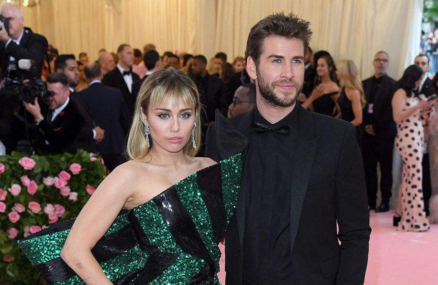 Miley Cyrus having a 'hard time' getting over Liam Hemsworth