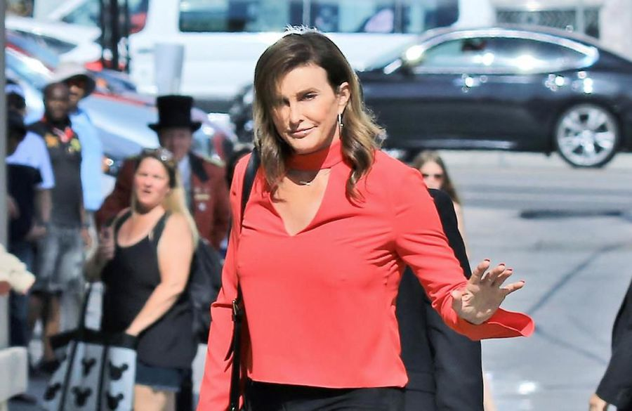 Caitlyn Jenner jokes about her transition