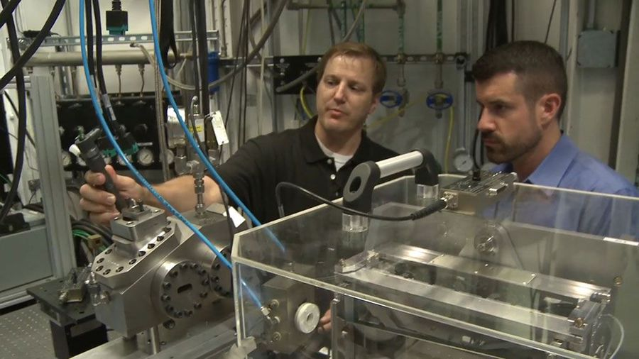 How X-ray Vision Will Fuel Better Car Engines