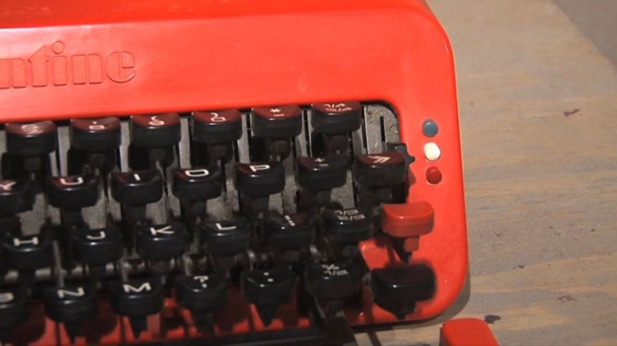 Olivetti's Typewriter - The iMac of Its Day