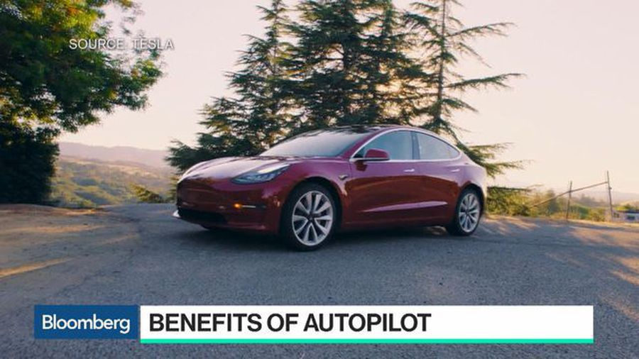 Tesla's Big Bet on Autopilot May Come With a Few Deadly Crashes