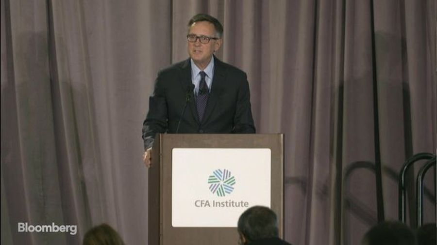 Economy in Good Place But Confronts Evident Risks: Fed's Richard Clarida