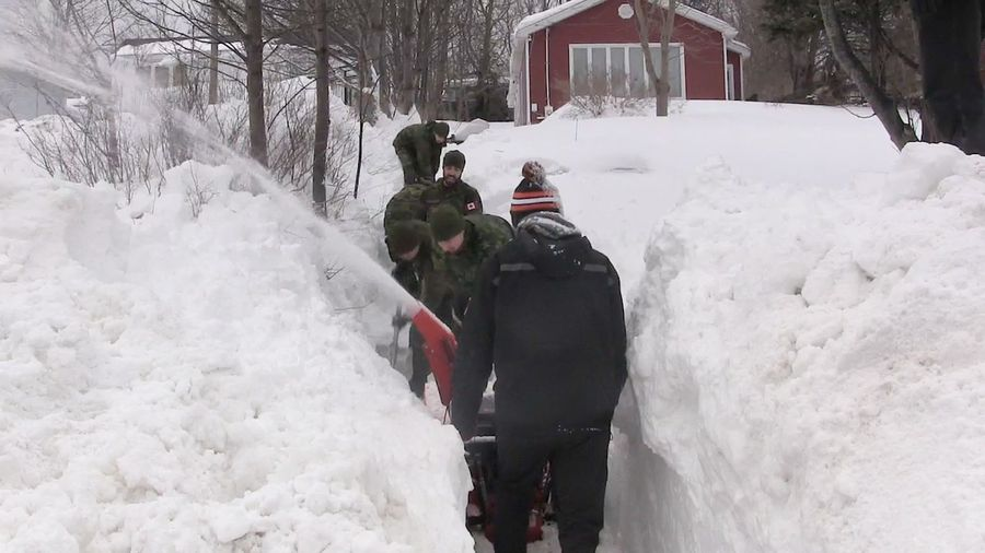 Armed Forces lend shovels to Eastern Newfoundland