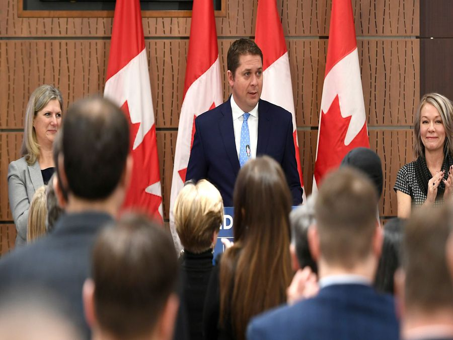 Andrew Scheer addresses his caucus