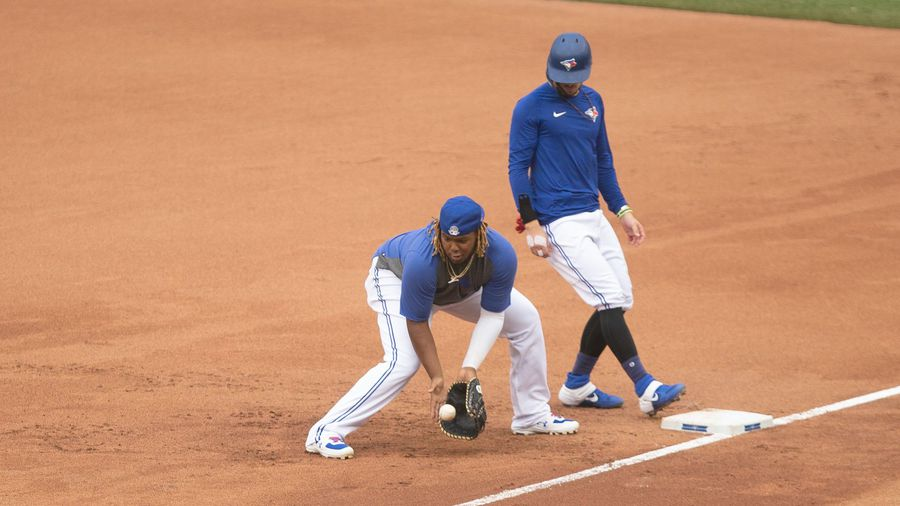 Visiting baseball teams a worry for Jays season: Njoo