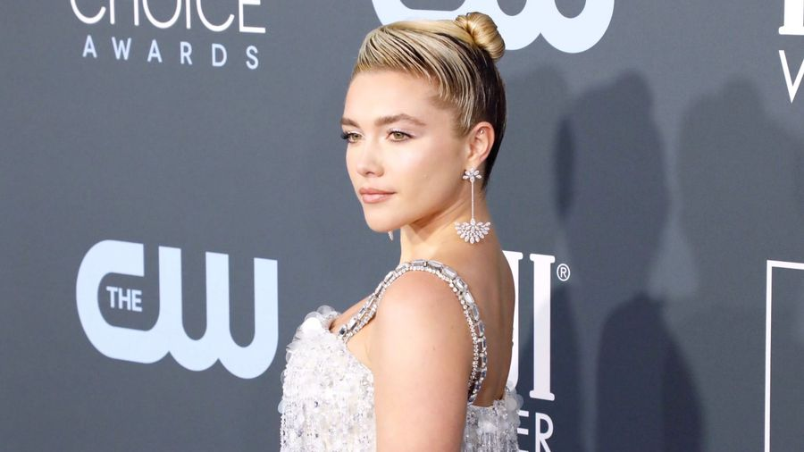 Florence Pugh asks Scarlett Johansson to 'hold her hand' through first Oscars experience