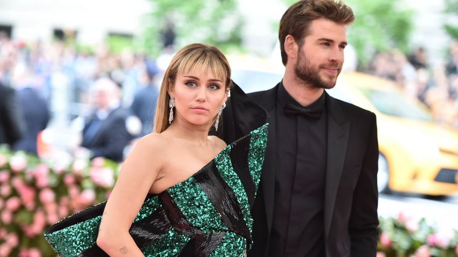 Judge reportedly signs off on Miley Cyrus & Liam Hemsworth's divorce