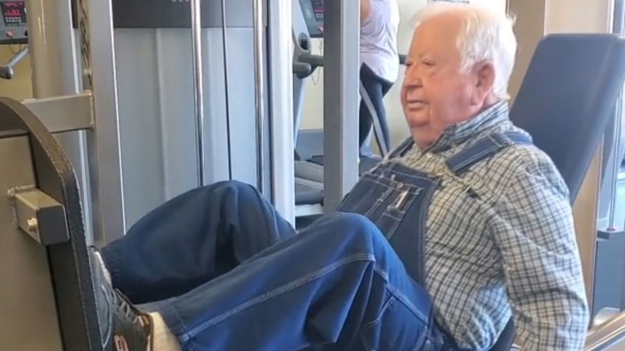 Is This The World's Oldest Gym Goer? 91-Year-Old Man Works Out Three Days A Week