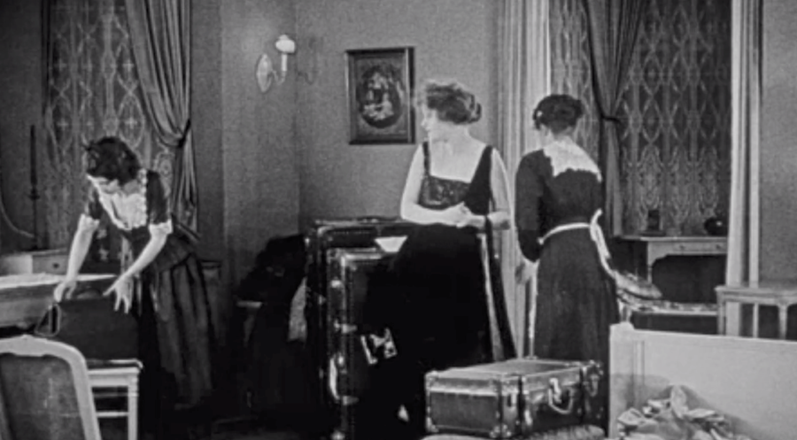 5 Things Women Couldn't Do 100 Years Ago