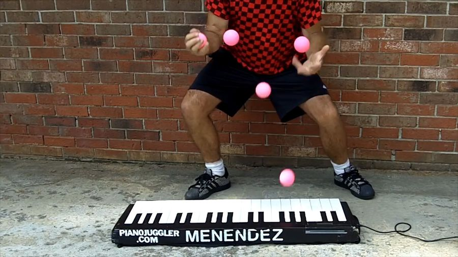 Clever way to play the piano