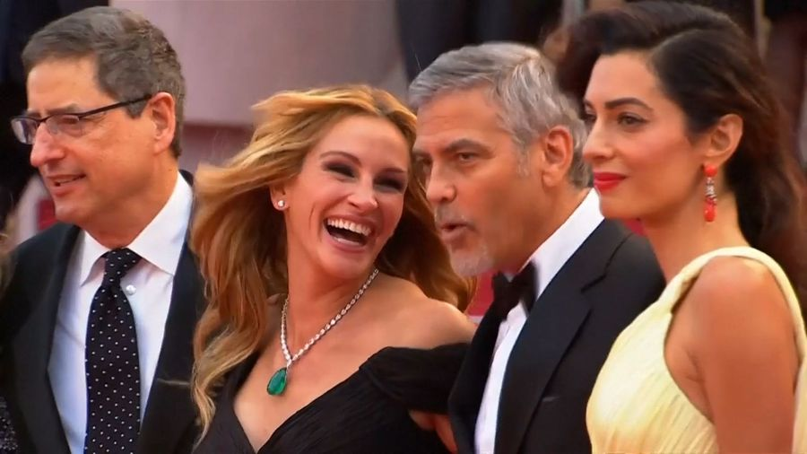Julia Roberts still 'madly' in love with husband