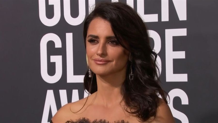 Penelope Cruz teams with PETA for anti-fur message