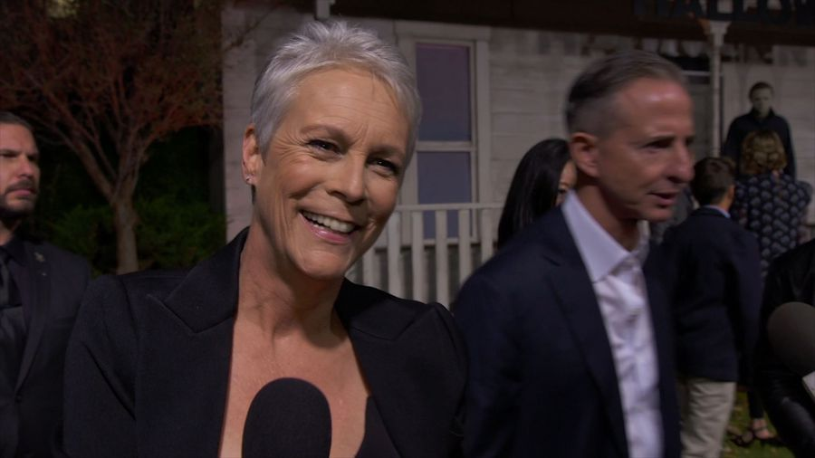 Jamie Lee Curtis cracks rib on vacation