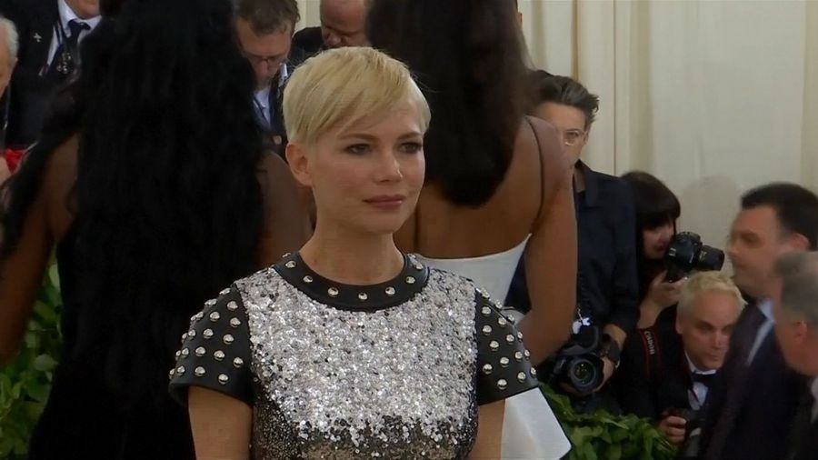 Michelle Williams believes the #MeToo movement is making big waves in Hollywood
