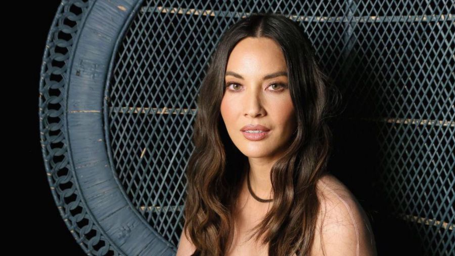 Olivia Munn turned down career opportunities to satisfy demanding boyfriend