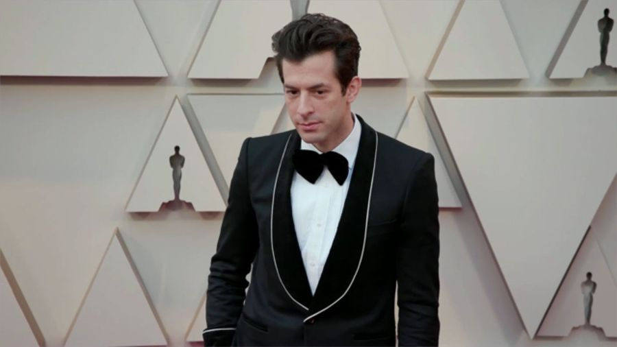 Mark Ronson identifies as 'sapiosexual'
