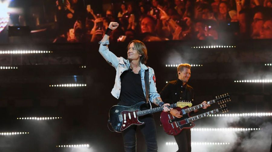 Keith Urban taking over Celine Dion's Colosseum for 2020 Las Vegas run