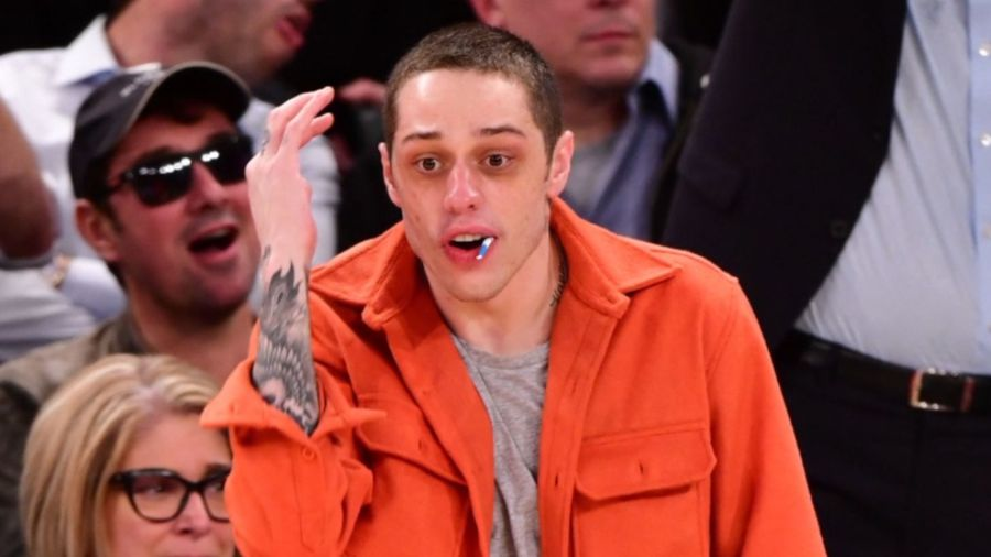 Pete Davidson reportedly makes fans sign $1 million NDA at his comedy shows