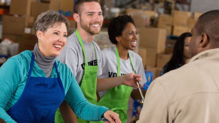 5 Things Food Pantries Want You to Know This Holiday Season