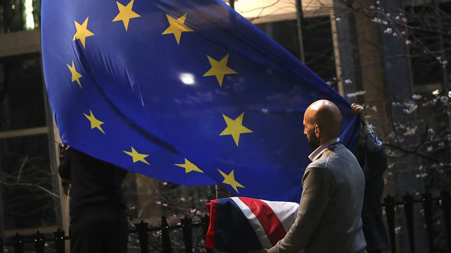 Brussels and London flex muscles as EU prepares to finalise post-Brexit trade stance
