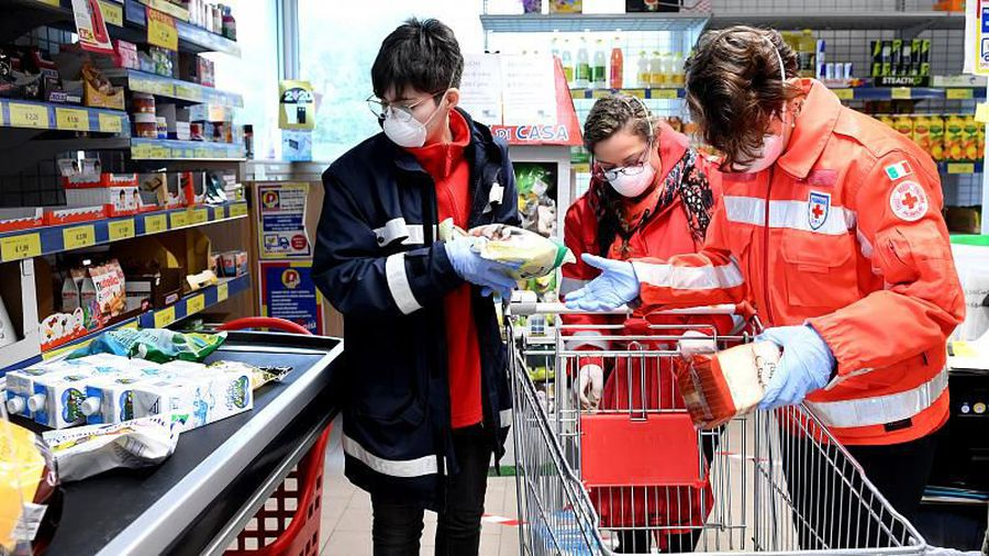 Covid-19 volunteers - the people helping others get through the crisis