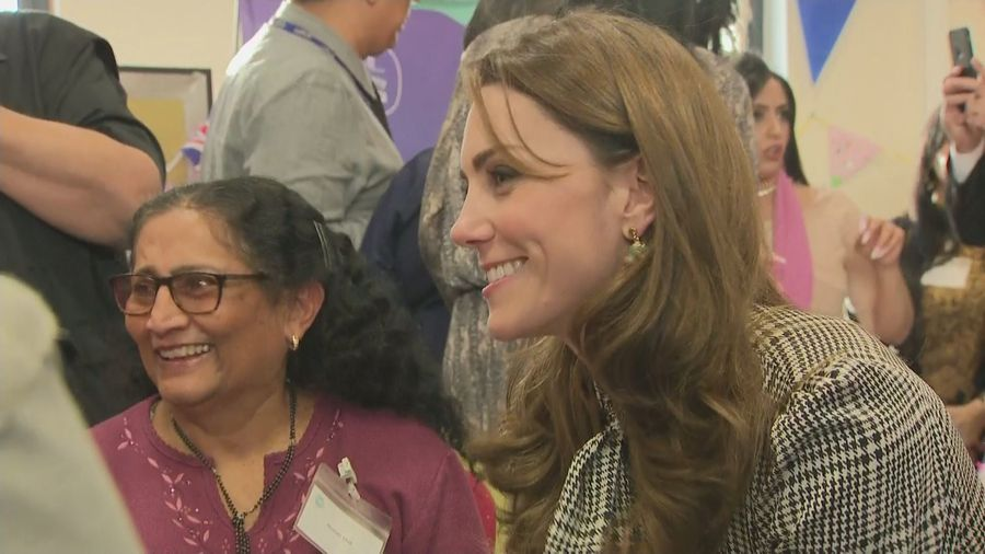 Duchess of Cambridge 'tried knitting' for Prince George
