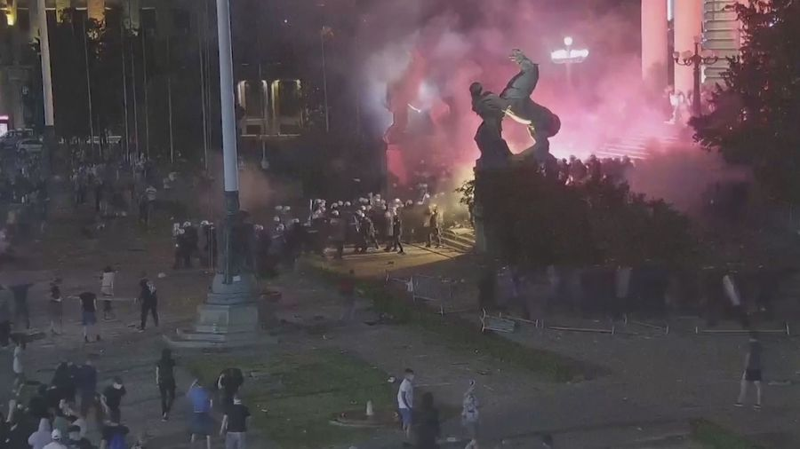 Violent Clashes as Hundreds Try to Storm Serbian Parliament