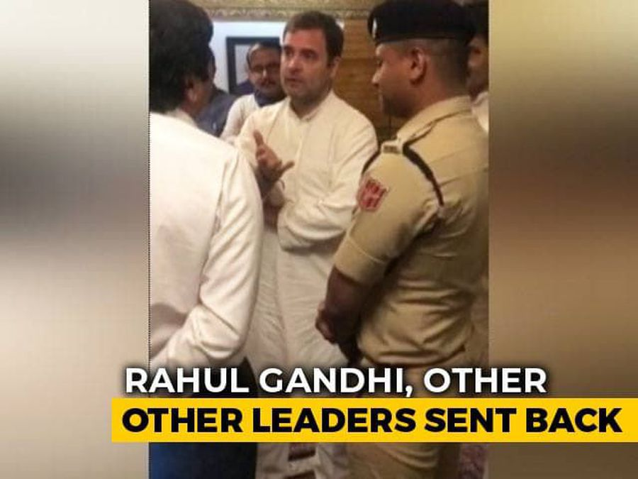 Video Shows Rahul Gandhi & Co Negotiating With Srinagar Airport Officials