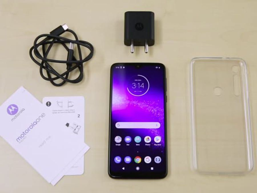 Motorola One Macro Unboxing And First Look- Price In India, Key Features