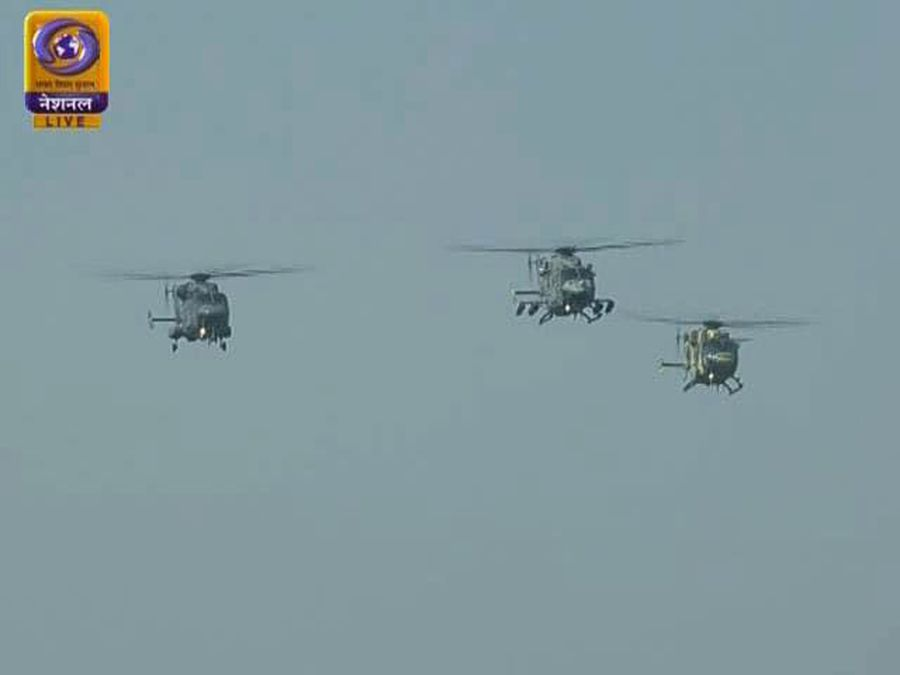 Chinook, Apache Helicopters Debut In Republic Day's Spectacular Flypast